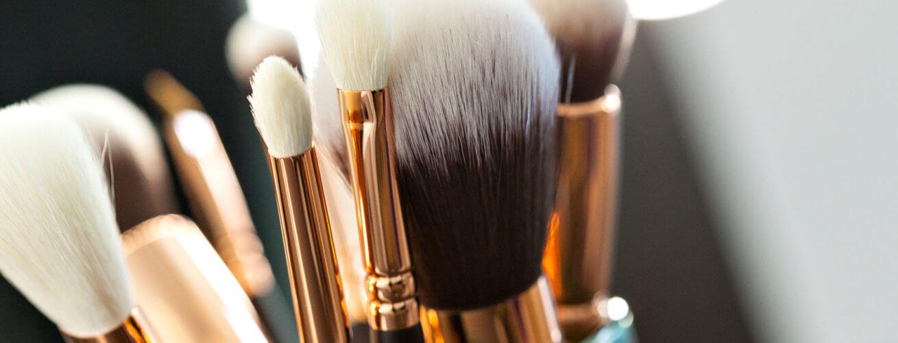 Pinsel Anwendung welcher Pinsel wofür Parfümerie Becker